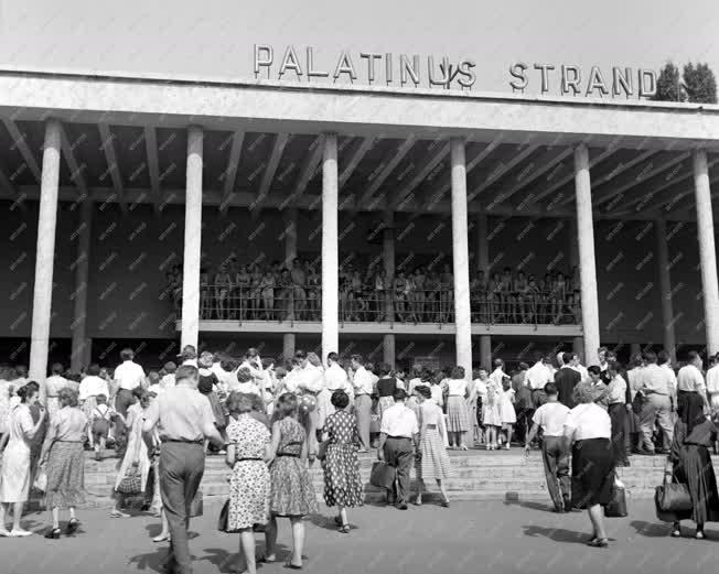 Szabadidő - Palatinus strand