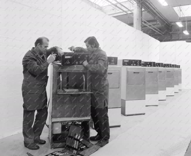 Ipar - Gépgyártás - Mosogatógépek