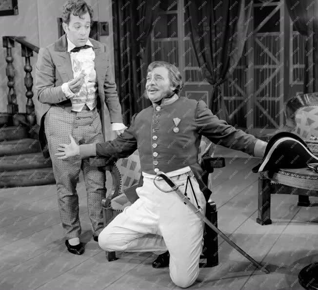 Kultúra - Madách Színház - Gogol: A revizor