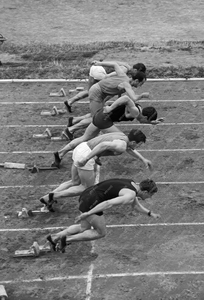 Sport - Atlétika - Futás