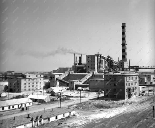 Gazdaság - Ipar - A Sztálin Vasmű