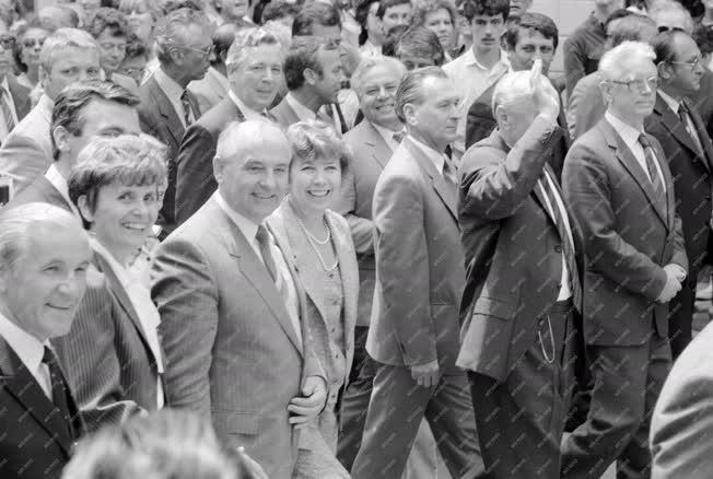 Külkapcsolat - Mihail Gorbacsov Budapesten