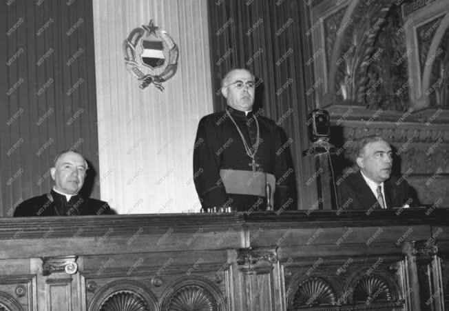 Egyház - Opusz Pacis békeértekezlete