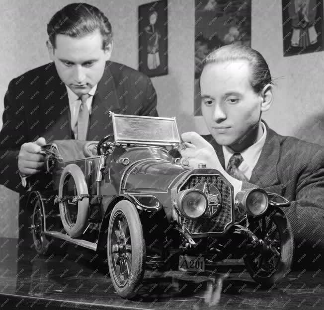 Hobbi - Automodellezők