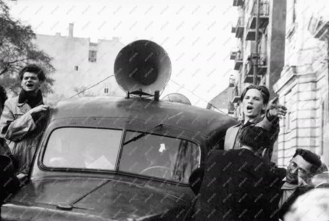 Belpolitika - '56-os forradalom