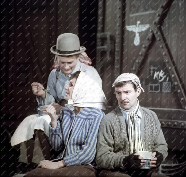 Kultúra - Színház - Brecht: Svejk a második világháborúban