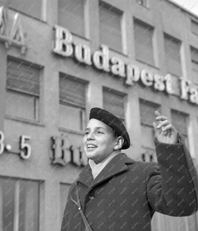 Külkapcsolat - Úttörőküldöttség Budapesten - Fidel Castro
