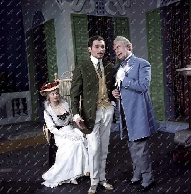 Kultúra - Színház - G. B. Shaw: Tanner John házassága