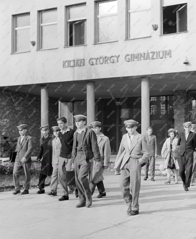 Oktatás - Ünnepi hét a Kilián György gimnáziumban