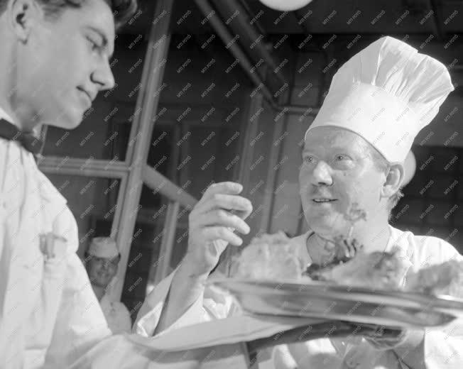 Vendéglátás - Gasztronómia - Gróf Nándor, a Berlin étterem konyhafőnöke