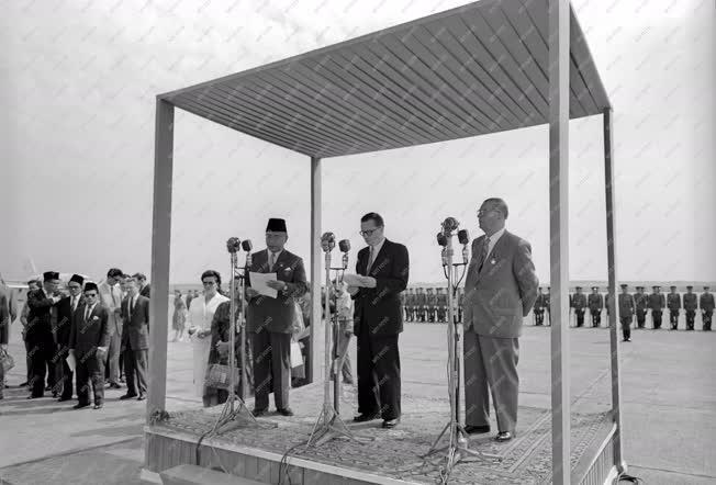Külpolitika - az Indonéz Köztársaság első minisztere Magyarországon