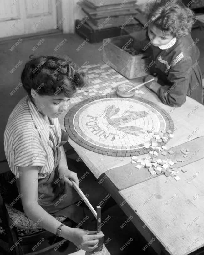 Építőipar - Művészi mozaik