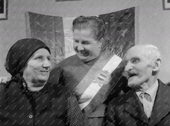 Család - Ötvenedik házassági évforduló