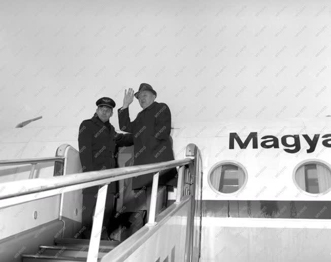 Külpolitika - MSZMP-pártküldöttség utazik Latin-Amerikába