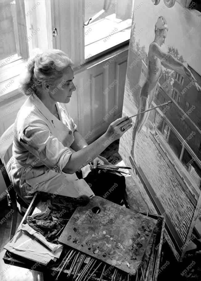 Felekiné Gáspár Anni Munkácsy-díjas festőnő