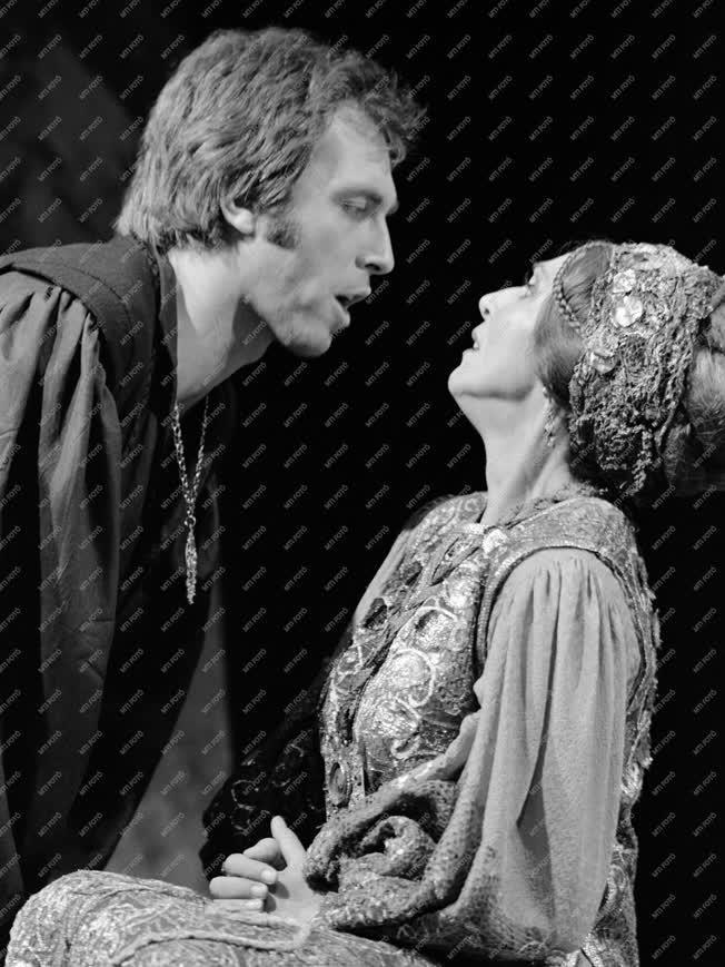 Kultúra - Színház - Shakespeare: Hamlet