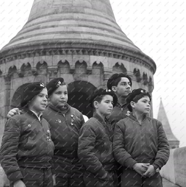Ifjúsági szervezet - Kubai úttörők Budapesten