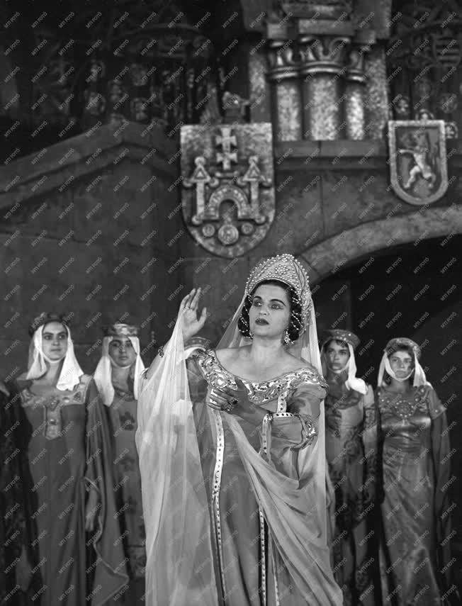 Opera - Erkel Ferenc: Bánk bán