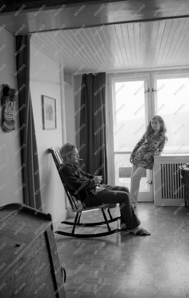 Kultúra - Ruttkai-Latinovits házaspár, otthonukban