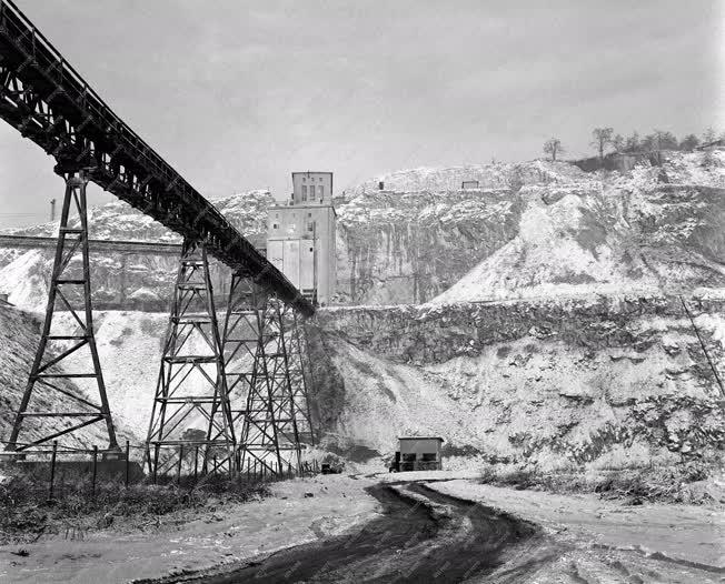 Bányászat - Tél a tatabányai bányában