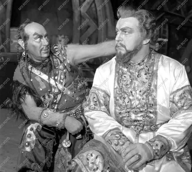 Székely Mihály Kossuth-díjas operaénekes