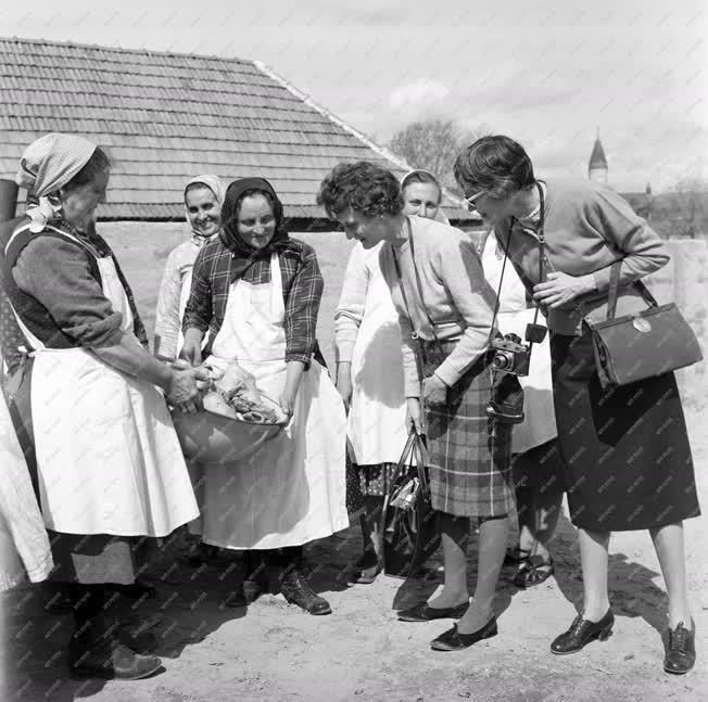 Hagyomány - Húsvéti népszokások Galgamácsán