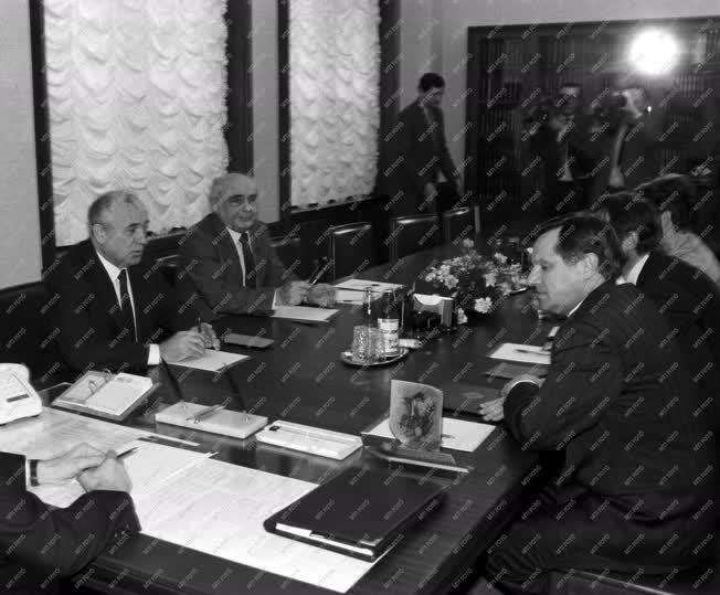 Külkapcsolat - Németh Miklós Moszkvában
