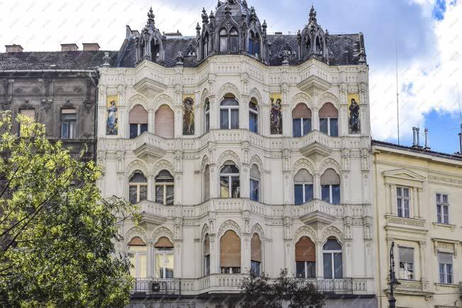 Épületfotó - Budapest - Bérház a Károly körúton