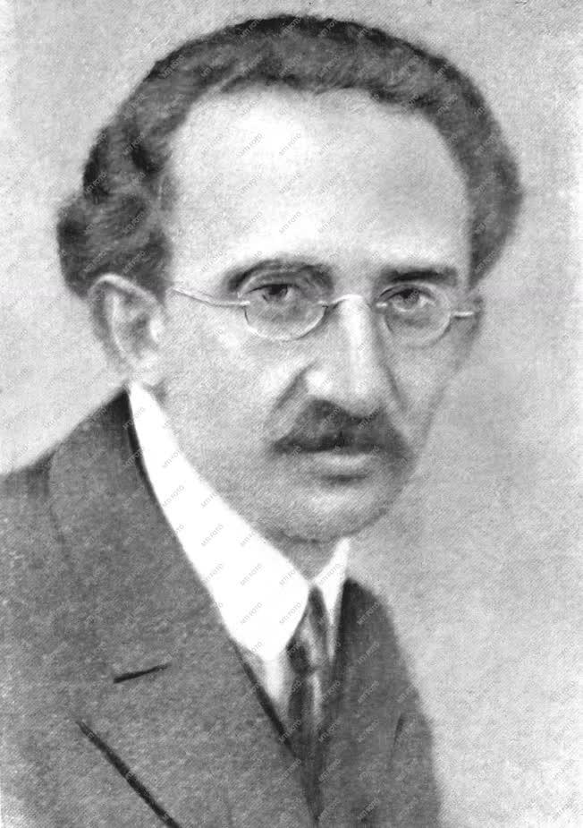 Történelem - Személy - Lukács György