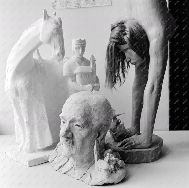 Kultúra - Alkotások Kő Pál és Péterffy Gizella műtermében