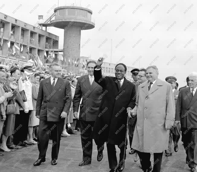 Külpolitika - A Ghanai Köztársaság elnöke elutazott Budapestről
