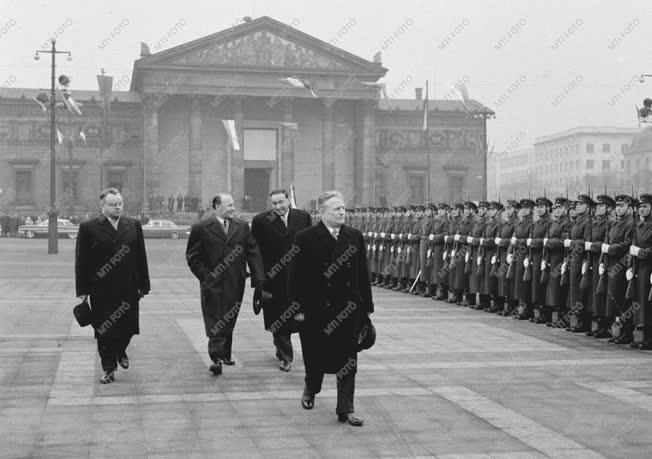 Külpolitika - Budapestre érkezett Antonin Novotny