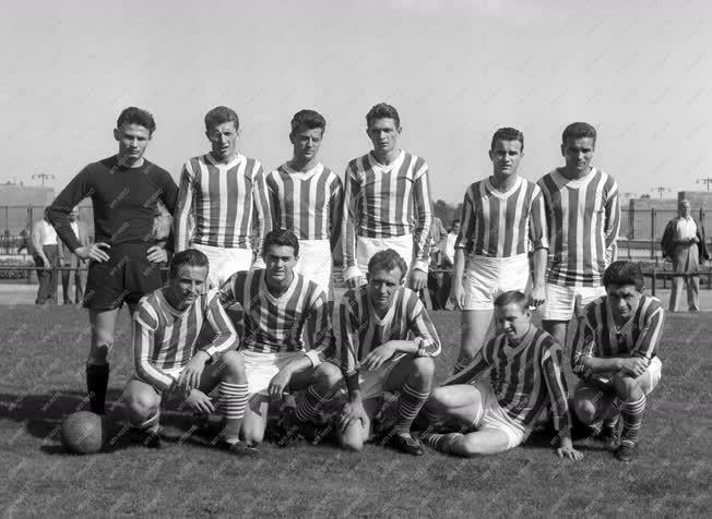 Sport - Labdarúgás - Ferencváros - Dorogi Bányász