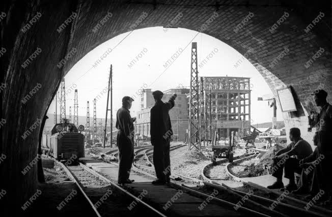 Bányászat - A komlói szénbányában