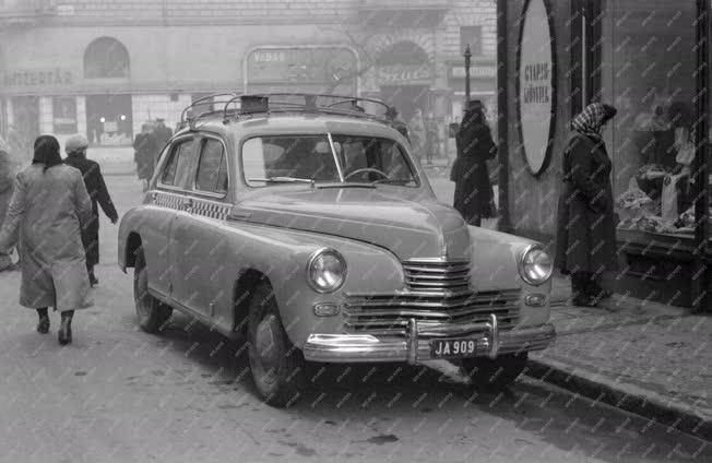 Közlekedés -  Városi közlekedés - Taxi