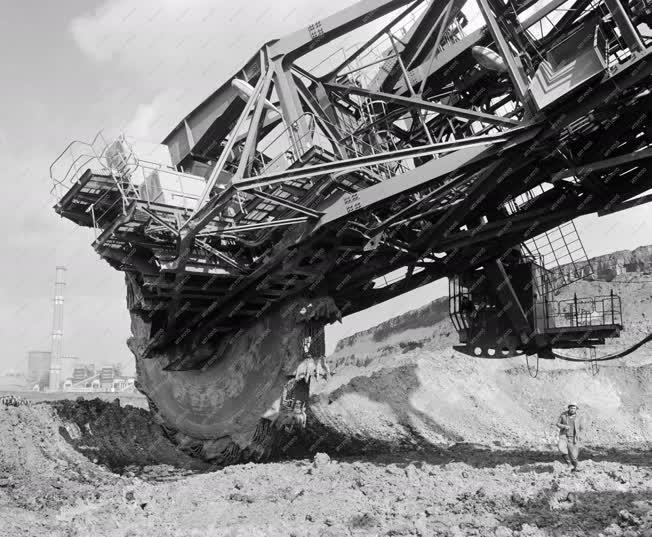 Ipar - Bányászat - Külszíni bánya