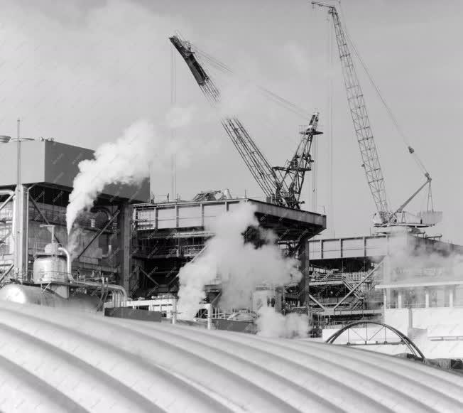 Ipar - A Tiszai Hőerőmű építése