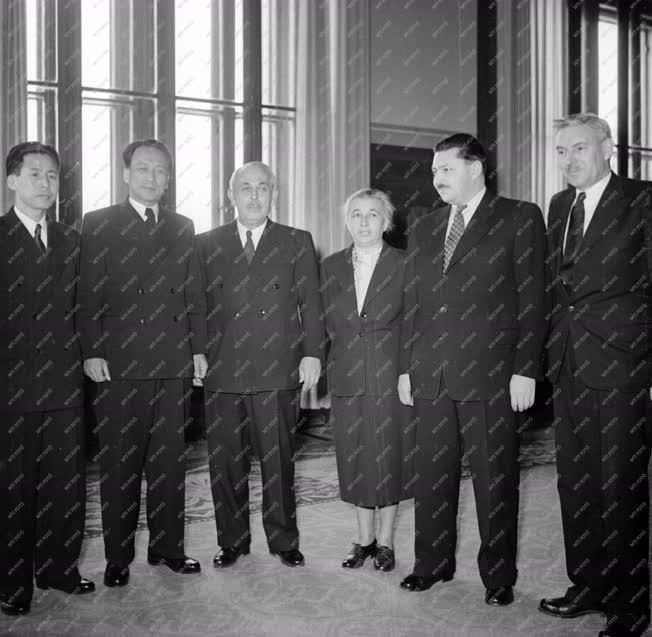Külkapcsolat - Han Hjo Szám koreai követ bemutatkozó látogatása