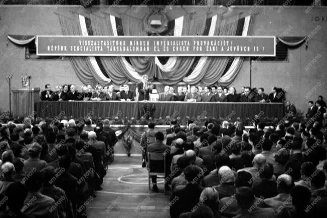 Külpolitika - Magyar ENSZ küldöttség