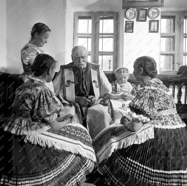 Folklór - Húsvét - Molnár István, népi mesemondó