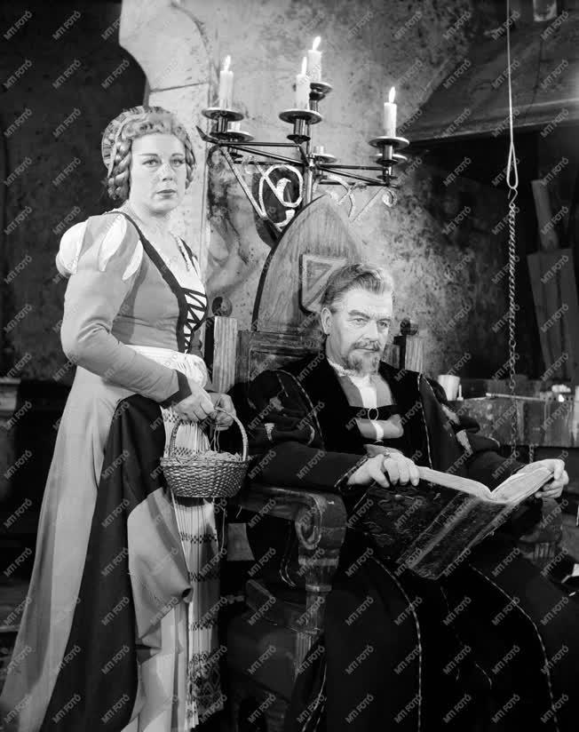 Kultúra - Opera - Az arany meg az asszony