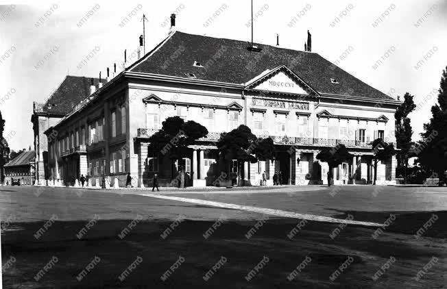 Város - Régi Budapest - Sándor-palota