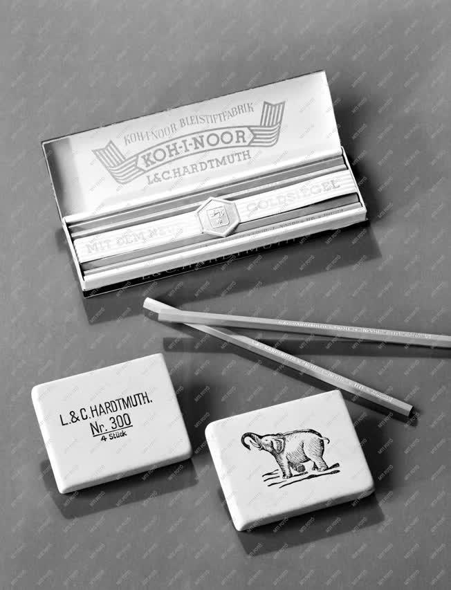 Kereskedelem - Ceruza, radír