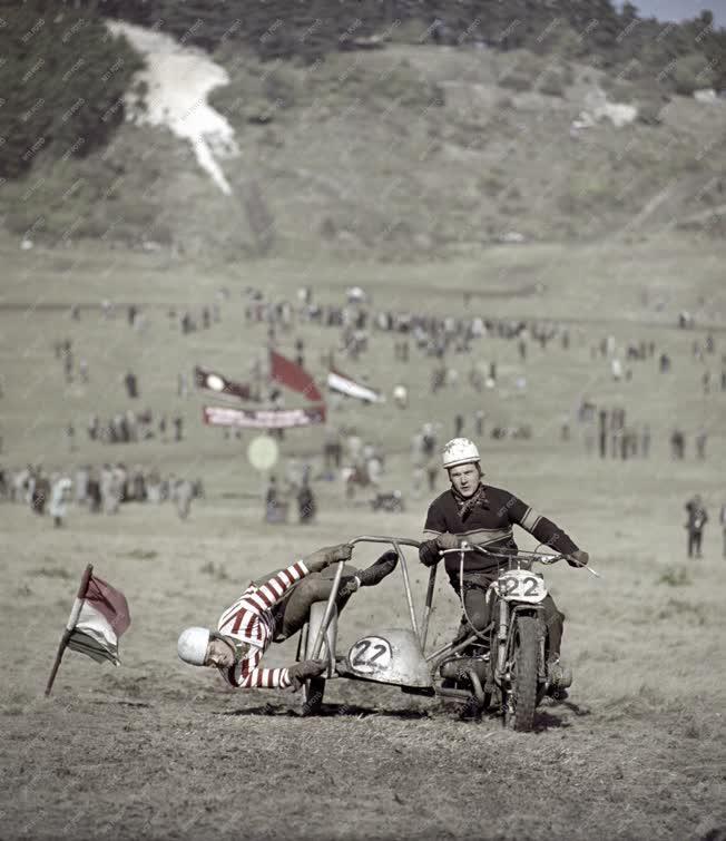 Sport - Terepgyorsasági motorkerékpár verseny