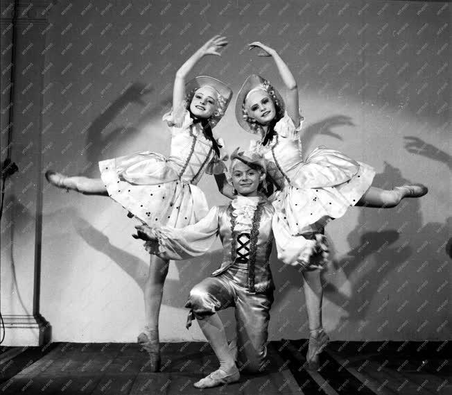Kultúra - Mesebalett - Csajkovszkij: Diótörő