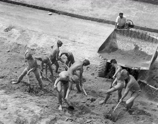 Ipar - A Dunai Cement- és Mészmű építése