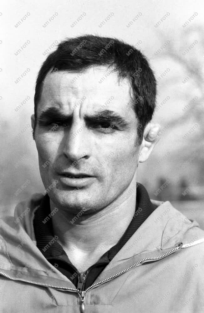 Sport - Birkózás - Varga János