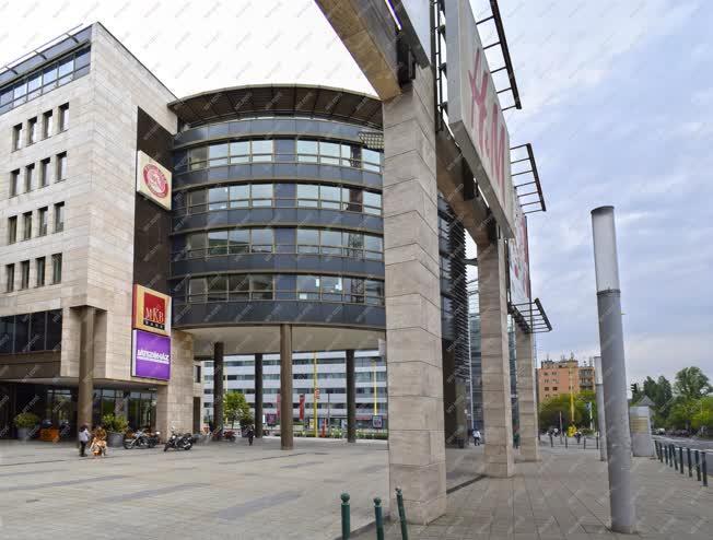 Épületfotó - Budapest - MOM Park bevásárlóközpont