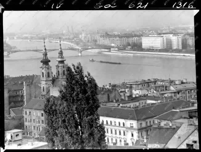 Városkép - Ibusz album - Batthyány tér