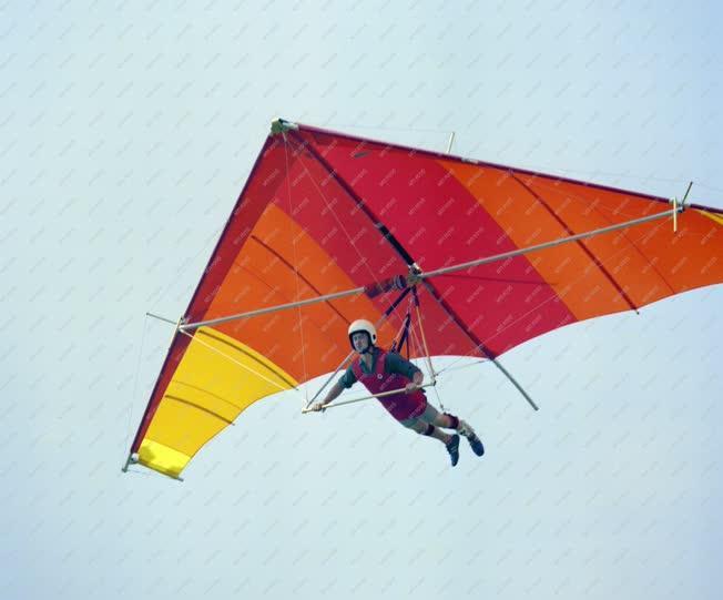 Sport - A nemzetközi siklórepülő találkozón